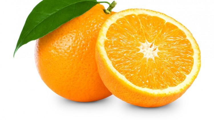 Pomarańcza – świąteczny owoc